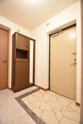 シャトレ参番館 / 103号室玄関