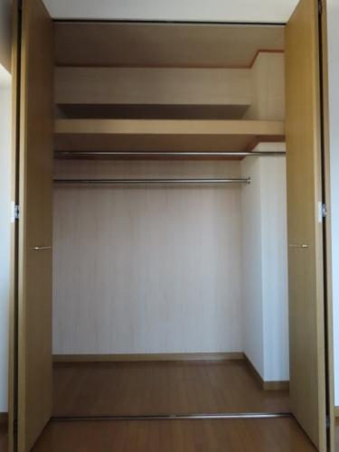 シャトレ天拝 / 701号室収納