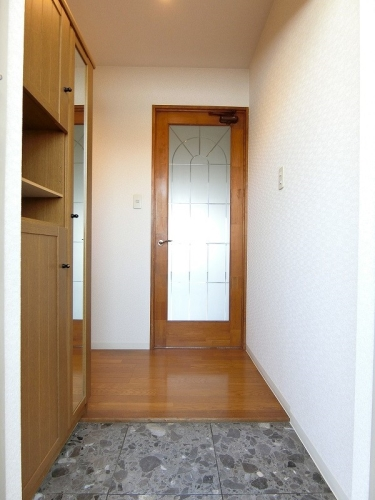 プレジール天拝 / 703号室玄関