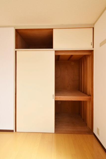 シャトレ針摺 / 402号室収納