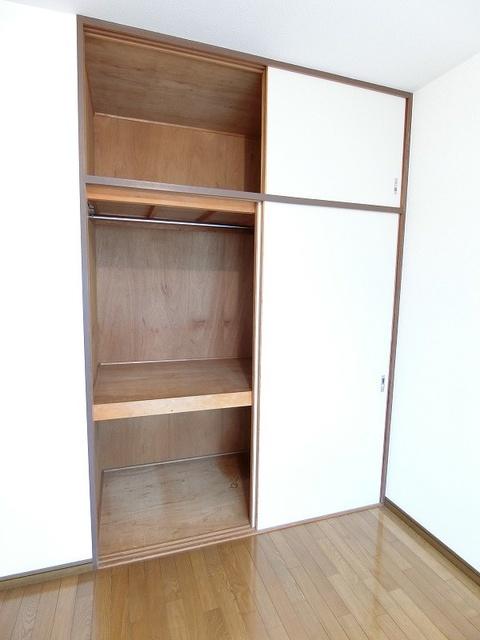 シャトー渡辺 / 303号室収納