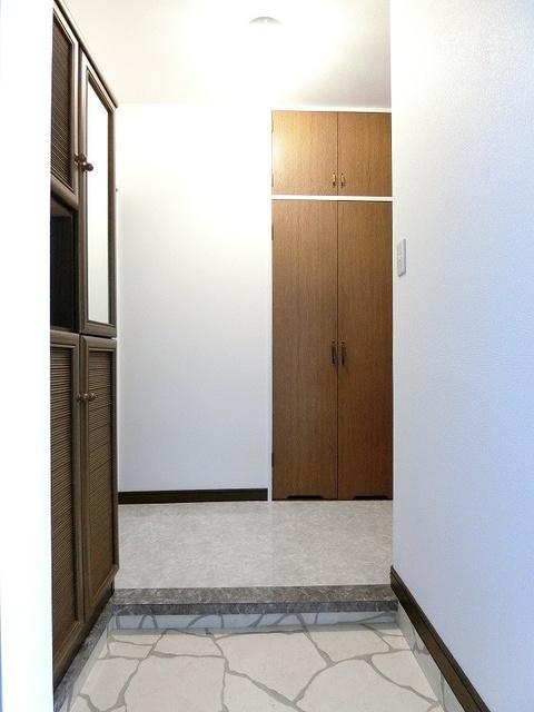 シティハイツ萩尾 / 202号室玄関