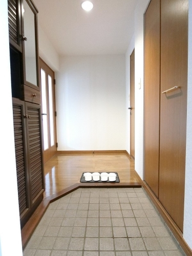パストラル杉塚 / 401号室玄関