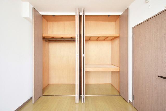 シャトレ針摺Ⅱ / 301号室