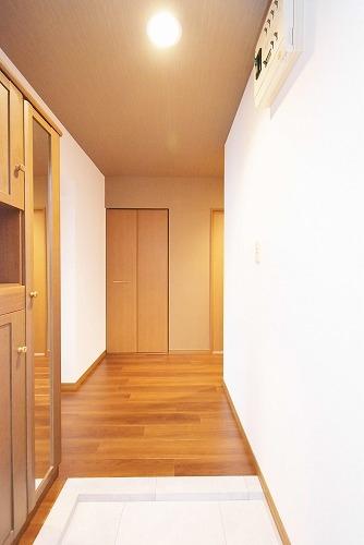 ファミーユ筑紫 / 302号室玄関