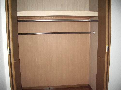 シャトレ弐番館 / 402号室収納