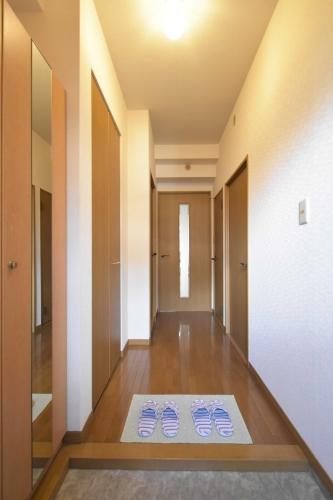 シャトレ天拝 / 107号室玄関