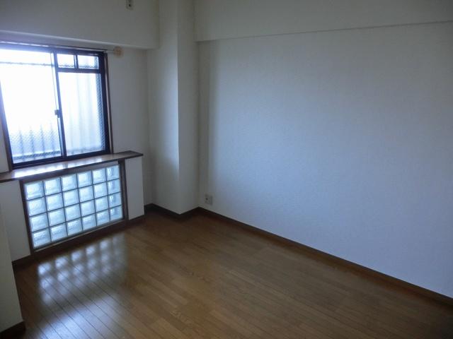 シャトレ天拝 / 305号室洋室