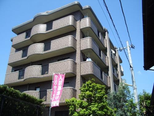 フルール98 / 102号室建物外観