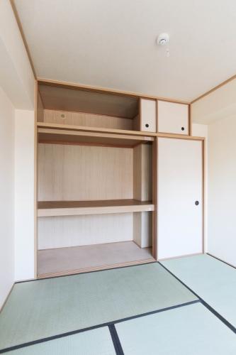 フルール98 / 303号室収納