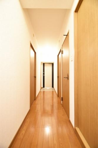 プレステージ塔原 / 403号室玄関