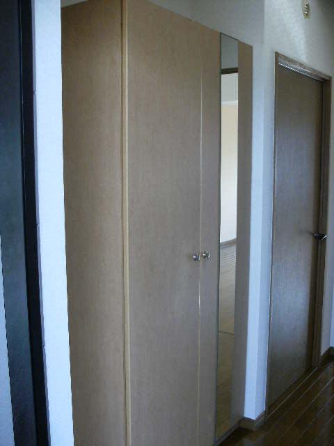 プレミール筑紫 / 301号室玄関