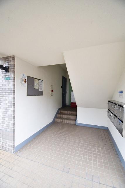 シャトー渡辺 / 401号室エントランス