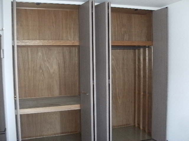 シャトレ針摺Ⅱ / 401号室収納