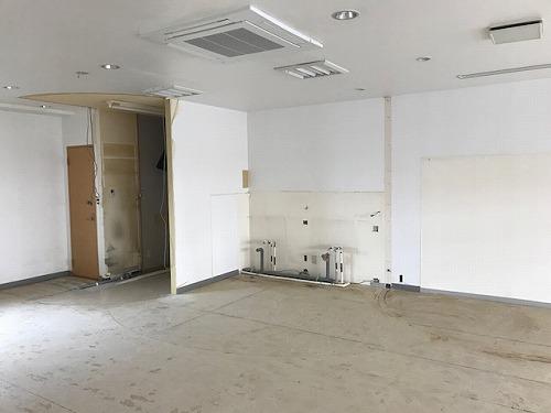 プルニア都府楼(店舗) / 店舗B号室洋室