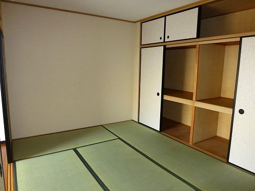 エクセレント中嶋Ⅱ / 302号室玄関