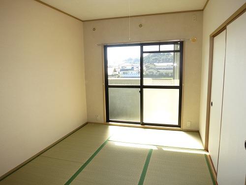 グランドゥール筑紫野 / 305号室和室