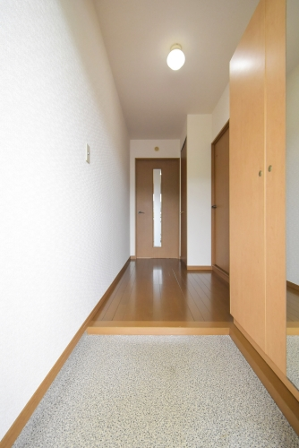 ピア観世S-N / N-302号室玄関