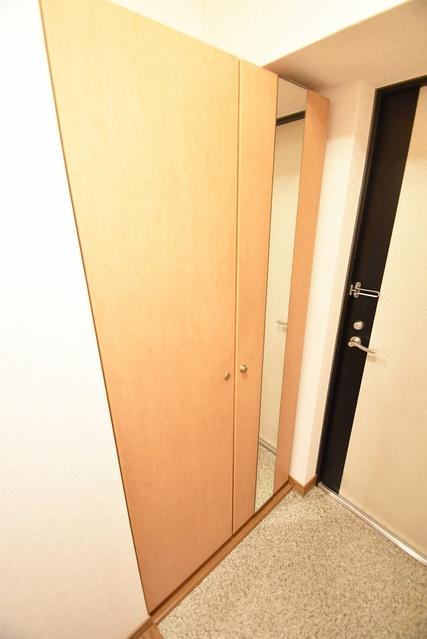 プレステージ塔原 / 406号室エントランス