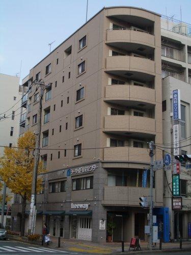 オークピア藤崎駅前 / 402号室