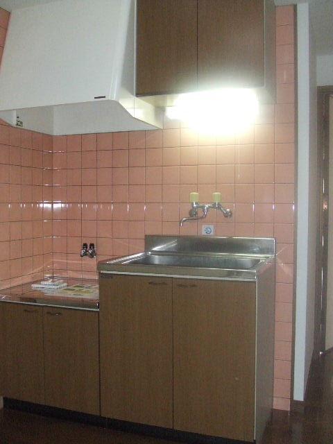 オイルファーム姪浜 / 102号室キッチン