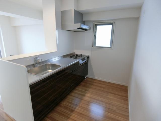 ウエスト ヴィラ / 602号室キッチン
