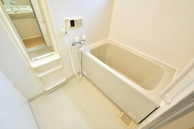 メロディハイツ飯倉 / D4101号室バス