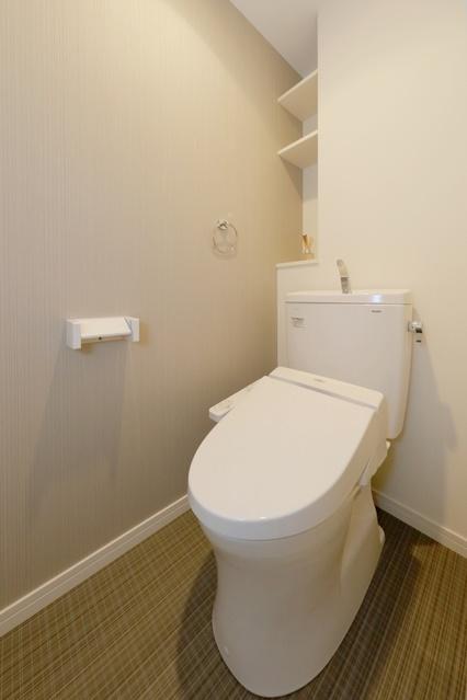 ドゥ・メゾン / 601号室トイレ