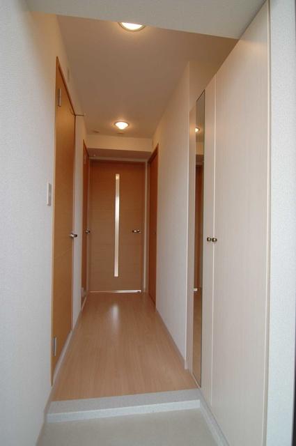 フォレスト原 / 303号室玄関