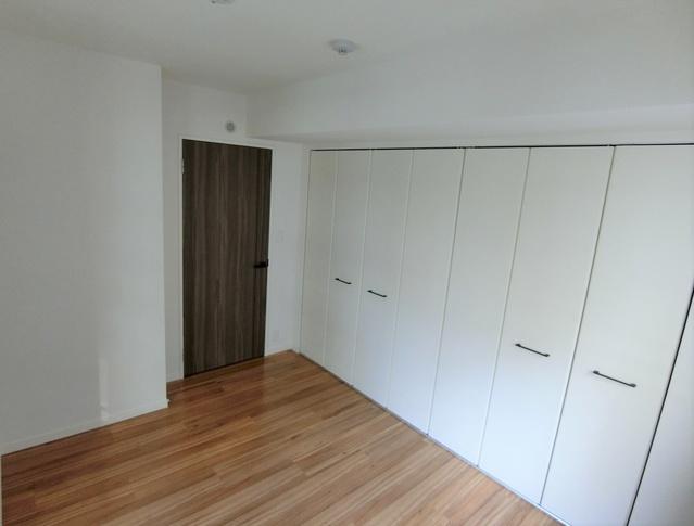 ウエスト ヴィラ / 602号室玄関