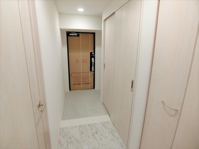 ドゥ・メゾン / 601号室玄関