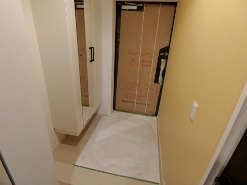 スプリングコートⅣ / 503号室玄関