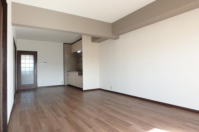 サンハイツ森山 / 403号室