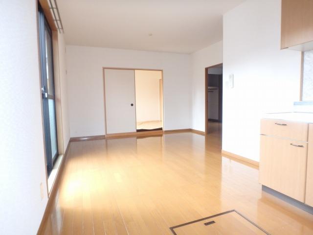 サンハイム日永田 / 101号室リビング