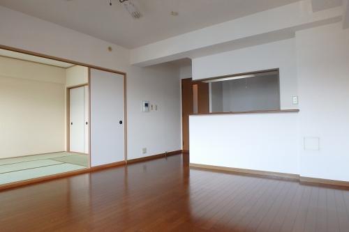 フレア・クレスト水城 / 405号室リビング