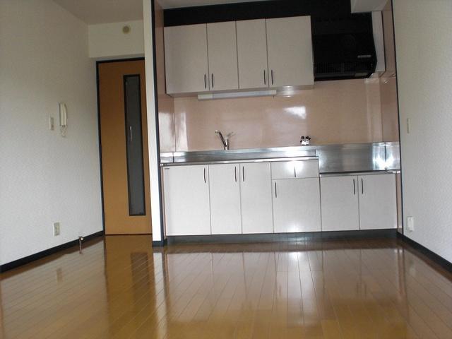 クレールマノワール / 202号室キッチン