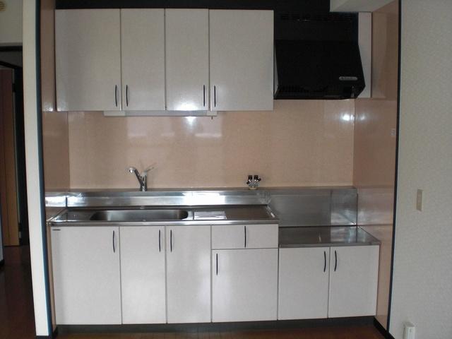 クレールマノワール / 205号室キッチン