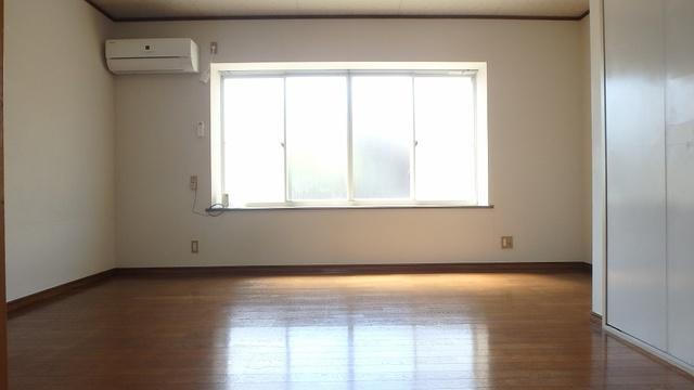 タチバナハイツ / 102号室