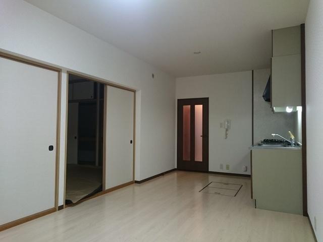 クレセントパレス / 106号室