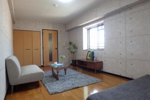 ピュア春日公園 / 703号室リビング