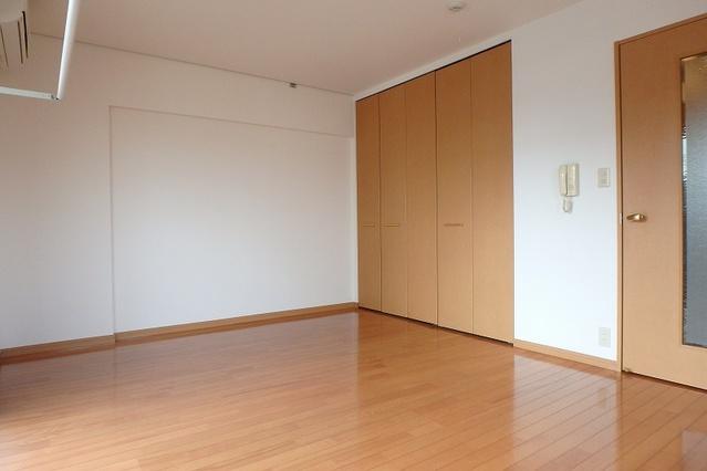 ソフィアパレス / 203号室