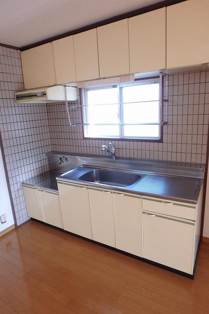 サンハイツ森山 / 206号室キッチン