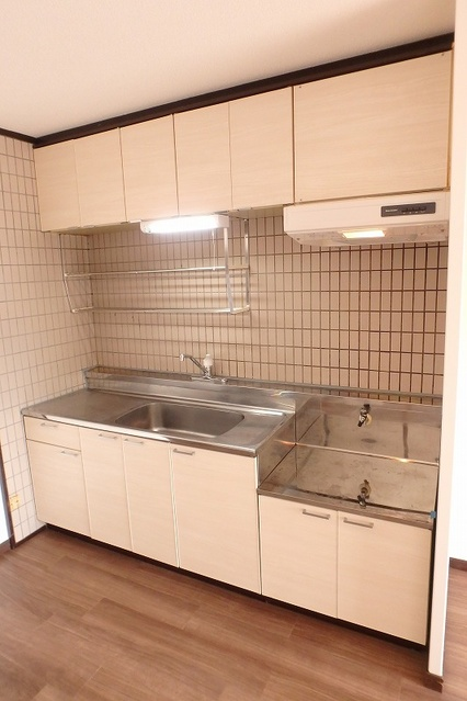 サンハイツ森山 / 403号室キッチン