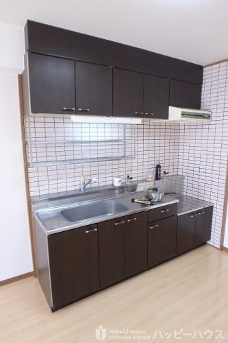 高義ビルⅡ / 202号室キッチン