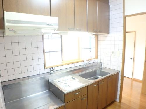 フローラルハイツ / 201号室キッチン