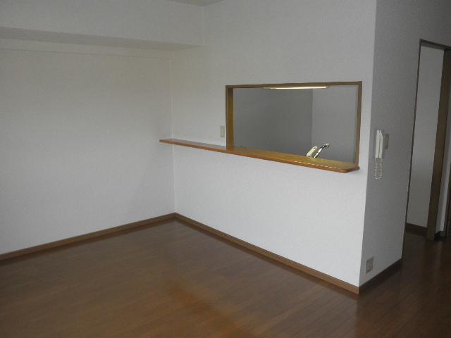 フローラルハイツ / 402号室