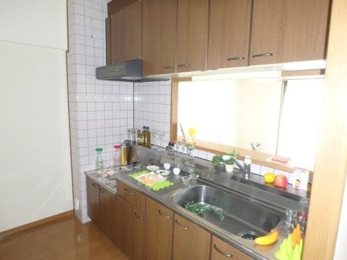 フローラルハイツ / 603号室キッチン