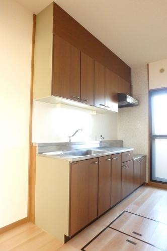 高義ビルⅢ / 105号室キッチン