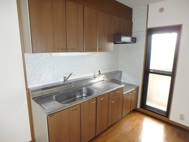高義ビルⅢ / 302号室キッチン