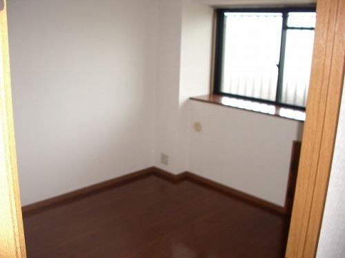 フレア・クレスト水城 / 702号室